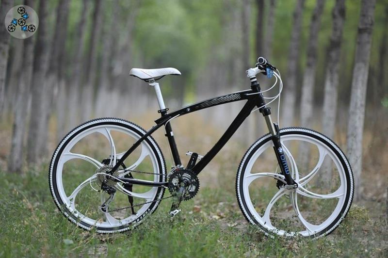 33204b90a027f Купить велосипед BMW X1 Black White на литых дисках в Украине: цена ...